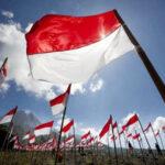 Dari Mana Asal Kain Bendera Merah Putih?